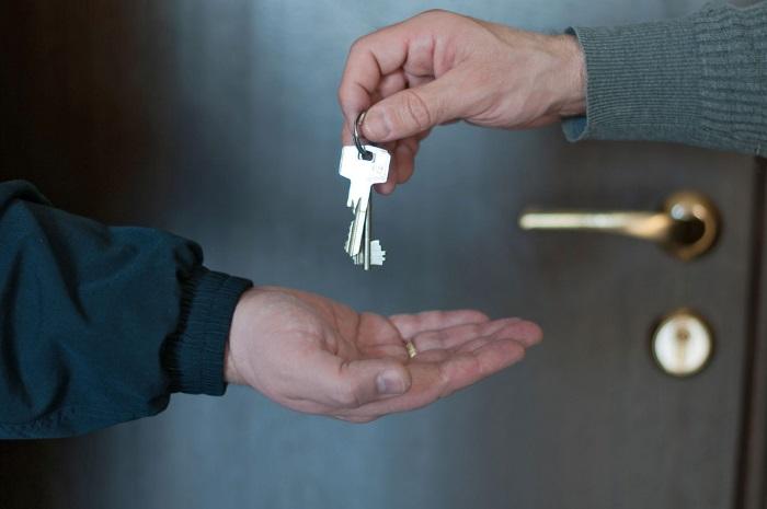Кому можно становиться на учет для получения жилья в Севастополе