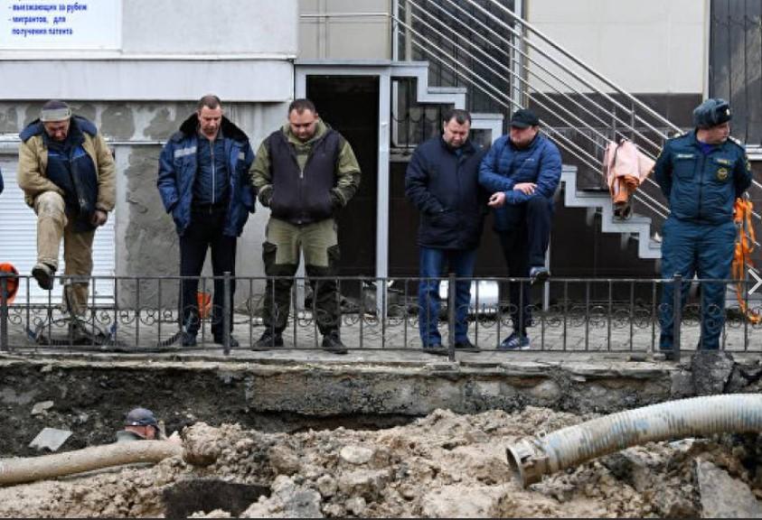 В Симферополе расследуют обстоятельства гибели сотрудника при ремонте водовода