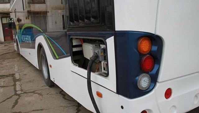В Симферополе вышел на маршрут новый электробус