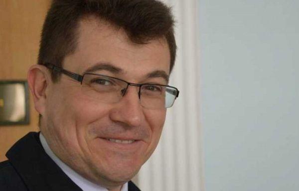 Как в Севастополе общественники рынки «крышуют»