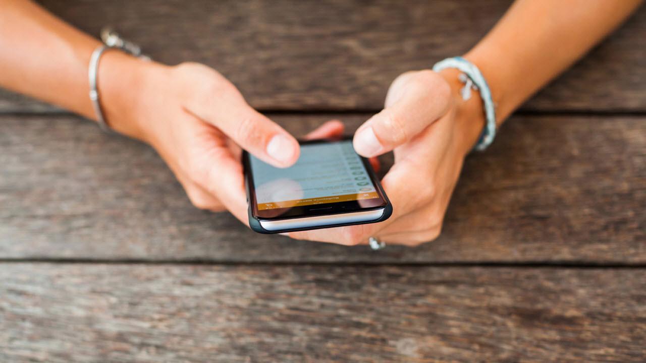 Российские мобильные операторы поднимут цены