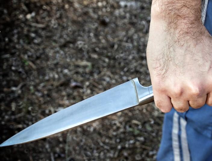 В Крыму мужчина зарезал своего приятеля