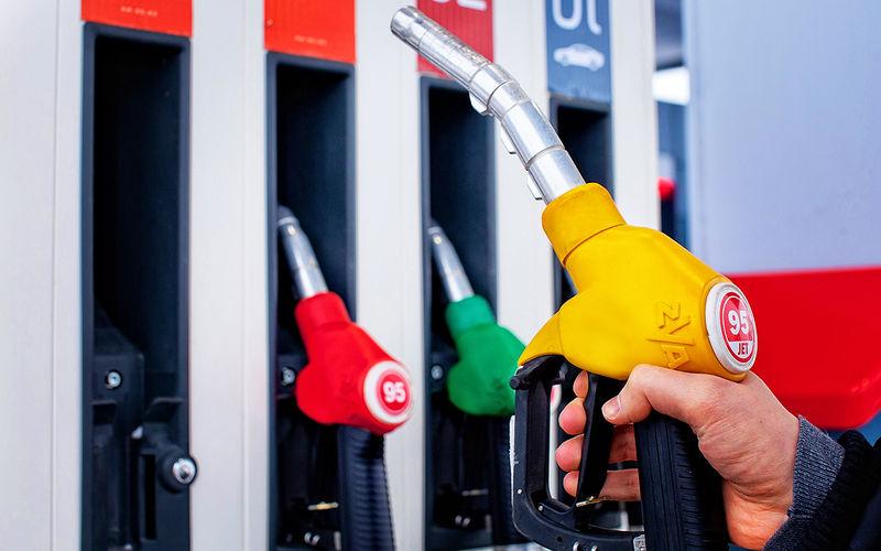 Цены на бензин в Севастополе выросли почти на четверть