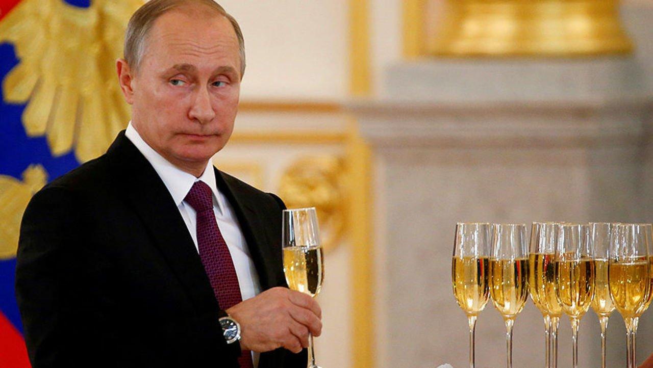 Вам телеграммы нет: Путин не поздравил Порошенко с Новым годом
