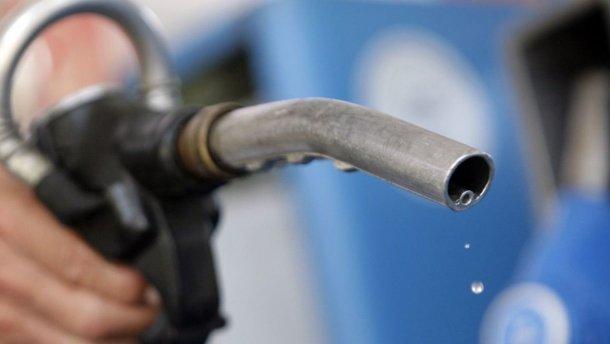 Правительство не планирует продлевать заморозку цен на бензин