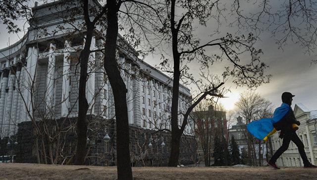Страна умирает: на Украине смертность вдвое превышает рождаемость
