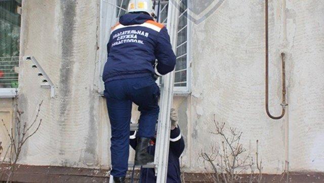 Кричала и звала на помощь: в Севастополе пенсионерка несколько дней провела в запертой квартире