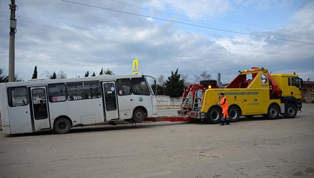 В Севастополе появился эвакуатор-гигант для автобусов и грузовиков