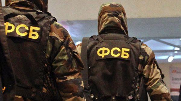 ФСБ в Крыму проводит обыски у двух бойцов нацбатальона