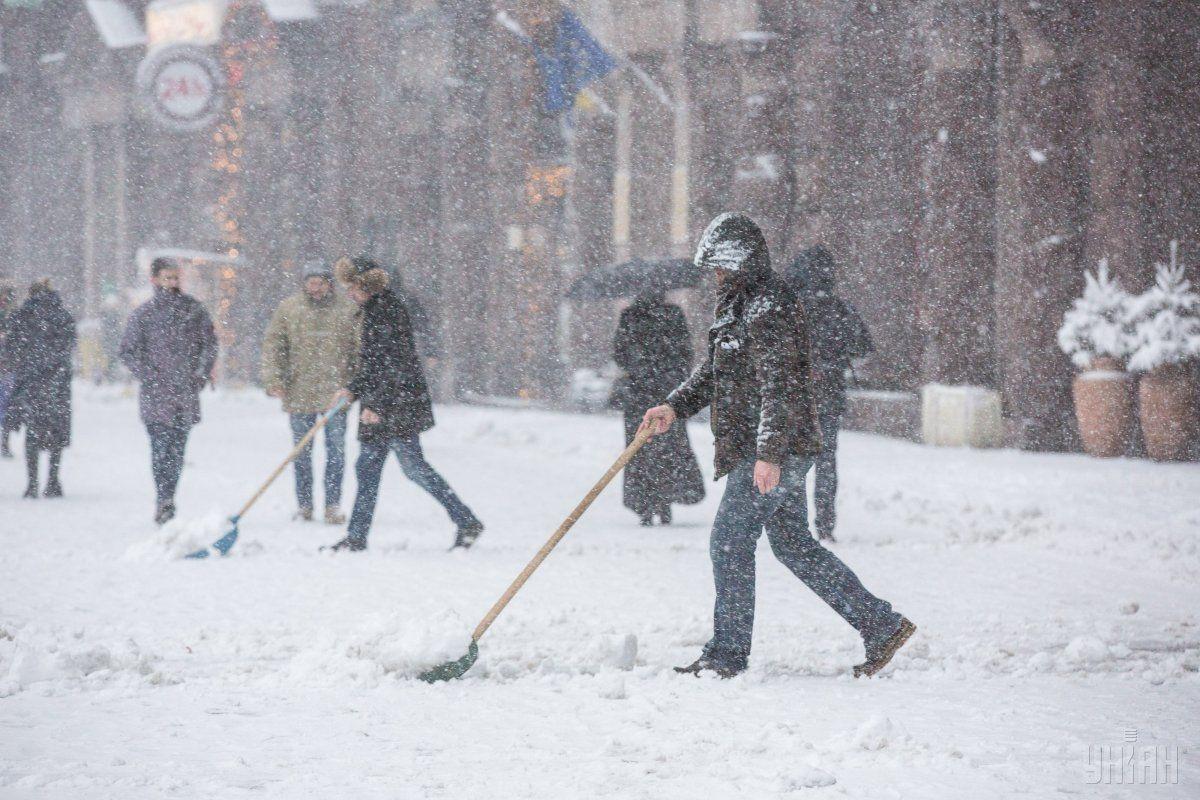 От холодов на Украине уже погибли 64 человека