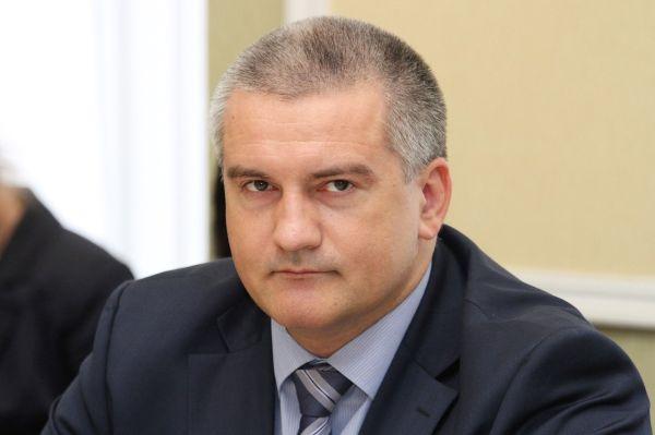Глава Крыма поздравил студентов с праздником