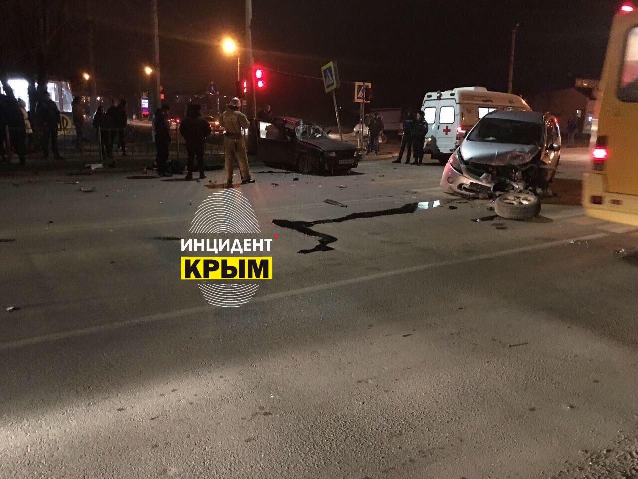 В Евпатории молодой парень погиб в ДТП (фото)