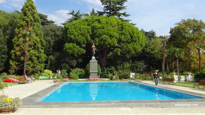 Студенты в Татьянин день могут бесплатно посетить Херсонес и Никитский ботанический сад