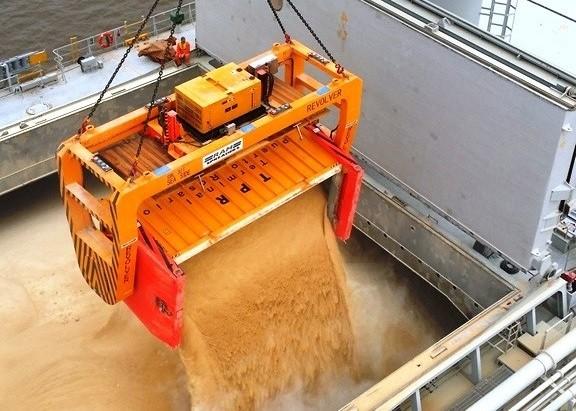Из Севастополя в Сирию направили первые 20 тысяч тонн зерна