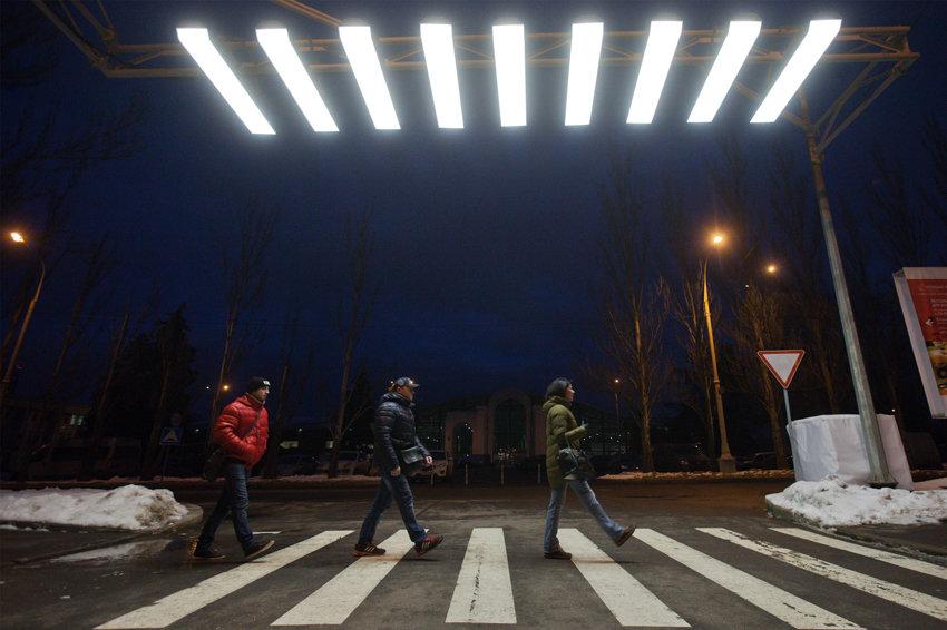 На пешеходных переходах под Севастополем установят освещение