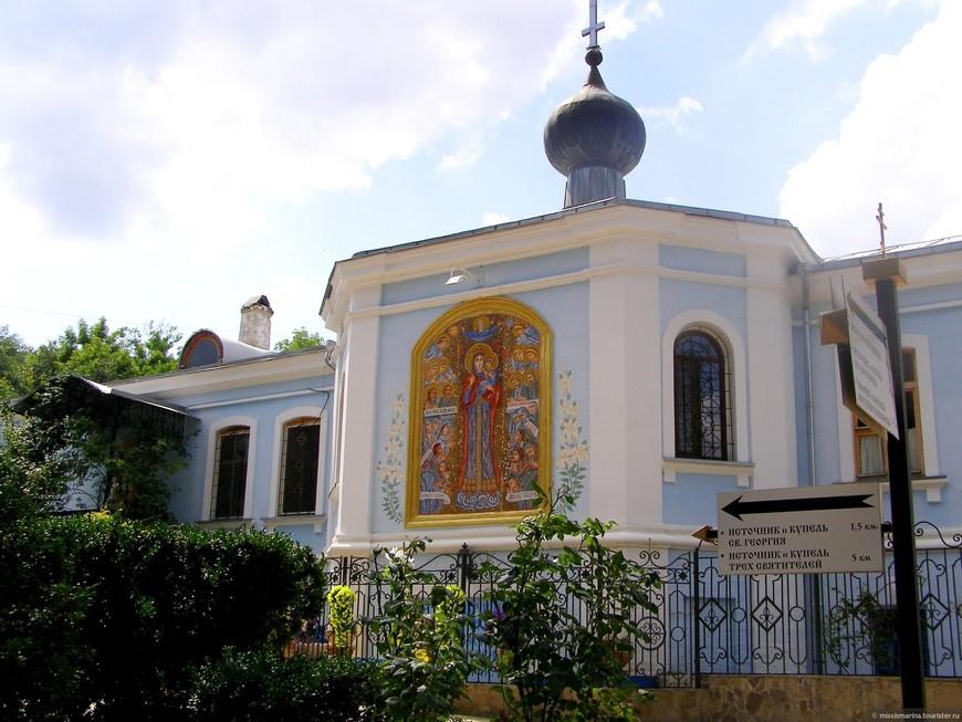 В Крыму в женском монастыре жестоко убили мужчину — приговор суда