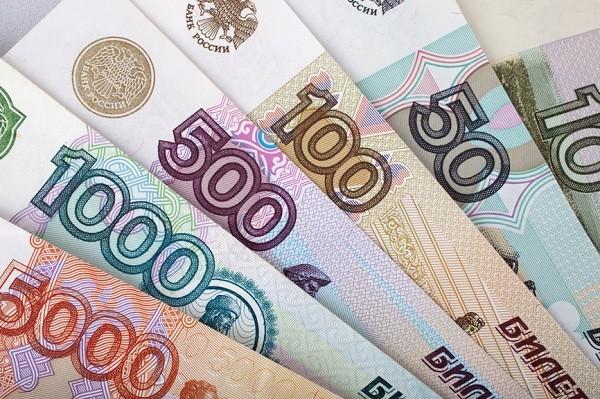 Стало известно, какую купюру подделывают чаще всего в России