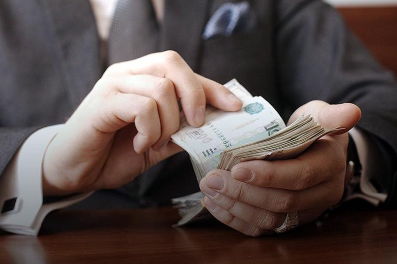 Севастопольского чиновника осудили за взятки