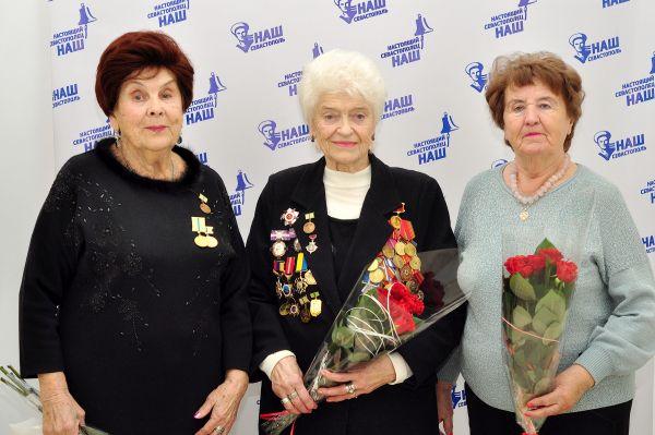 Жительницы блокадного Ленинграда поделились воспоминаниями о своем военном детстве