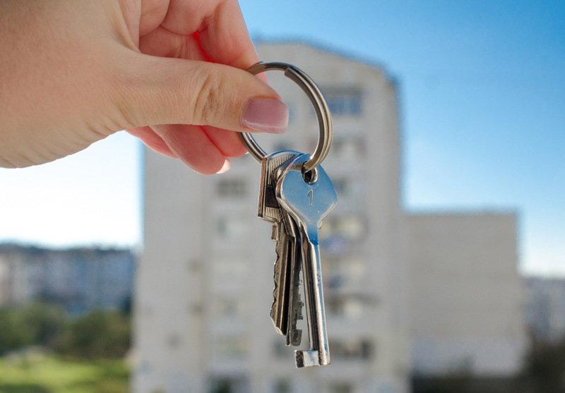 Кто в Севастополе может улучшить жилищные условия за счет государства