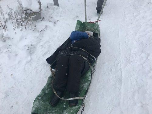 В горах Крыма во время катания на подушке разбилась женщина (фото)
