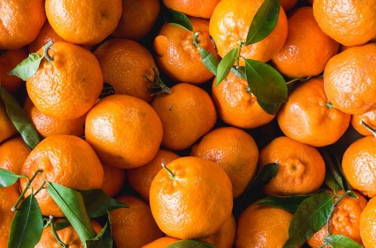 Роспотребнадзор проверяет информацию о зараженных гриппом мандаринах