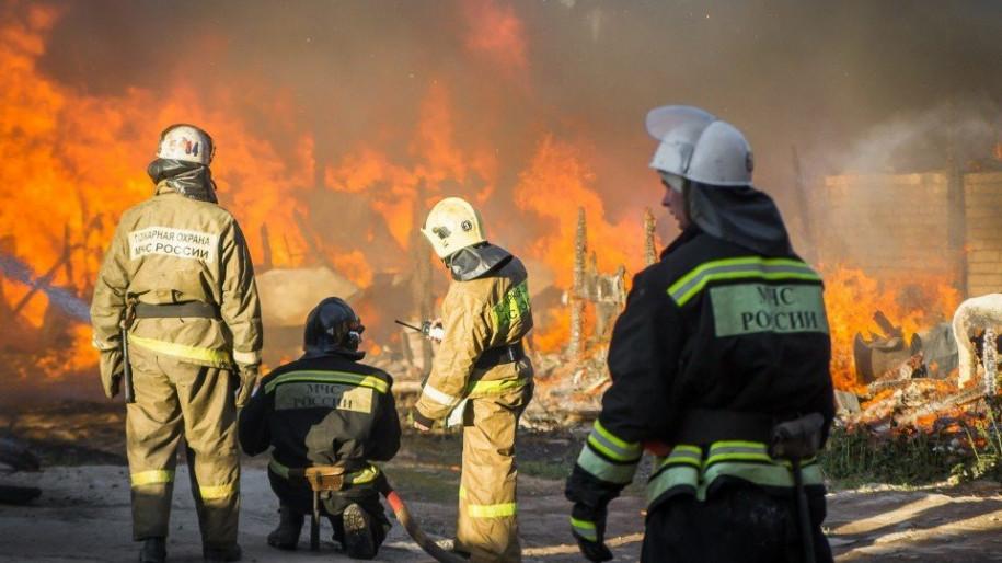За первую неделю Нового года в Крыму ликвидировано 32 пожара и 16 ДТП