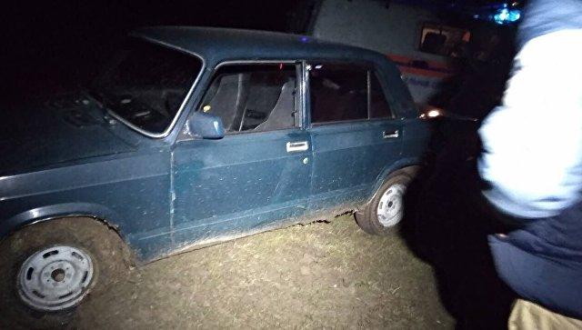 В Крыму автомобили увязли в грязи