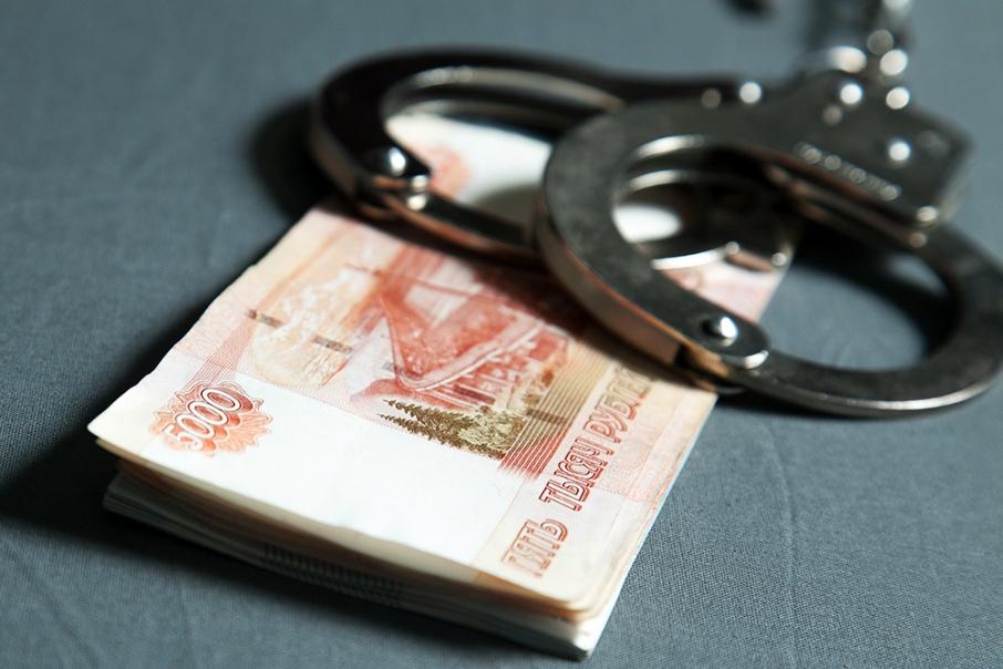Крымчанин украл у соседки-пенсионерки 100 тысяч рублей