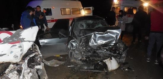 Шесть человек пострадали в ДТП на крымской трассе