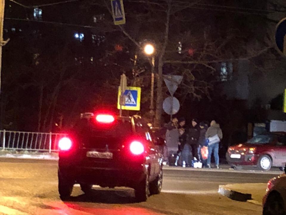В Севастополе на «зебре» сбили двух девушек