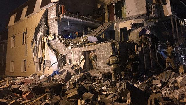 В жилом доме Красноярска произошел хлопок газа, найдено тело женщины