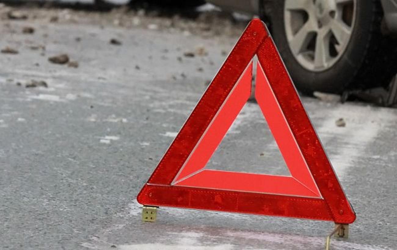 В Севастополе пьяный водитель врезался в ограждение на остановке «Площадь Нахимова»