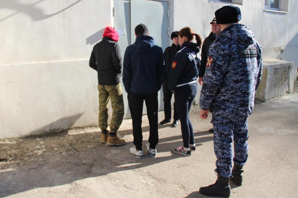 В Севастополе нашли троих пропавших подростков