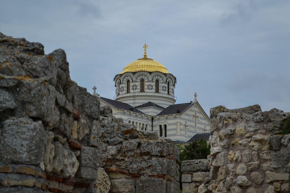 В «Херсонесе» появится купель, где по преданию крестился князь Владимир