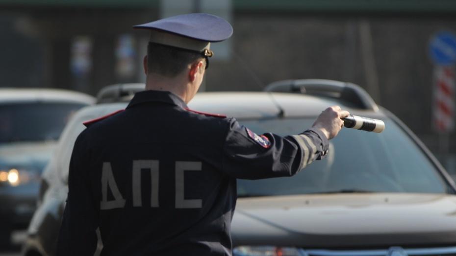 В Крыму инспектор ГИБДД попался на взятке