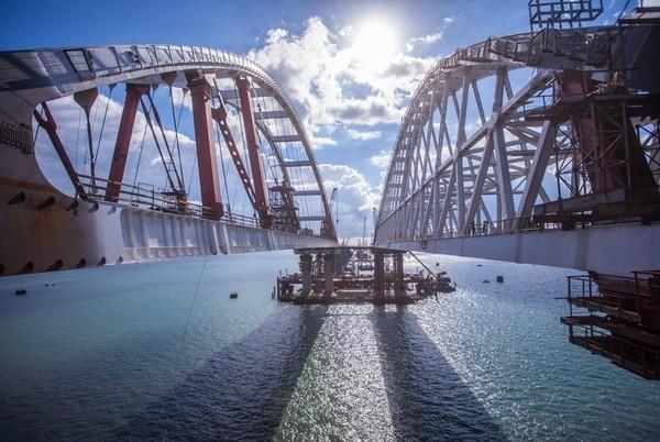 Названа точная дата прохождения первого пассажирского поезда по Крымскому мосту