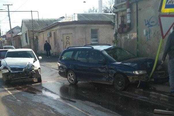 «Перекрёсток дьявола»: в Симферополе произошло 34-ое ДТП на одном и том же месте