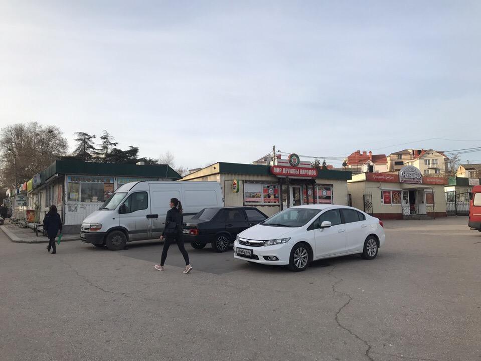 Что думают севастопольцы об открытии проезда для автомобилей на площади 50-летия СССР