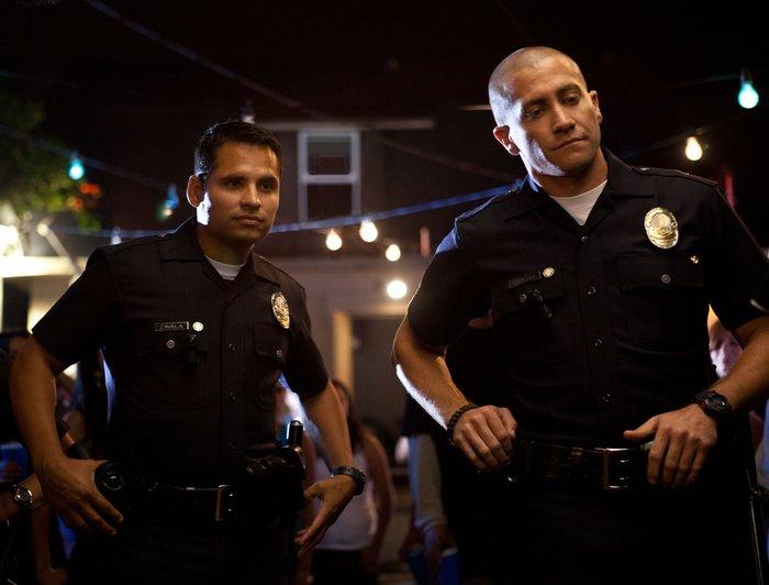 «Добрые» полицейские заставили наркомана сняться в шоу, а деньги поделили