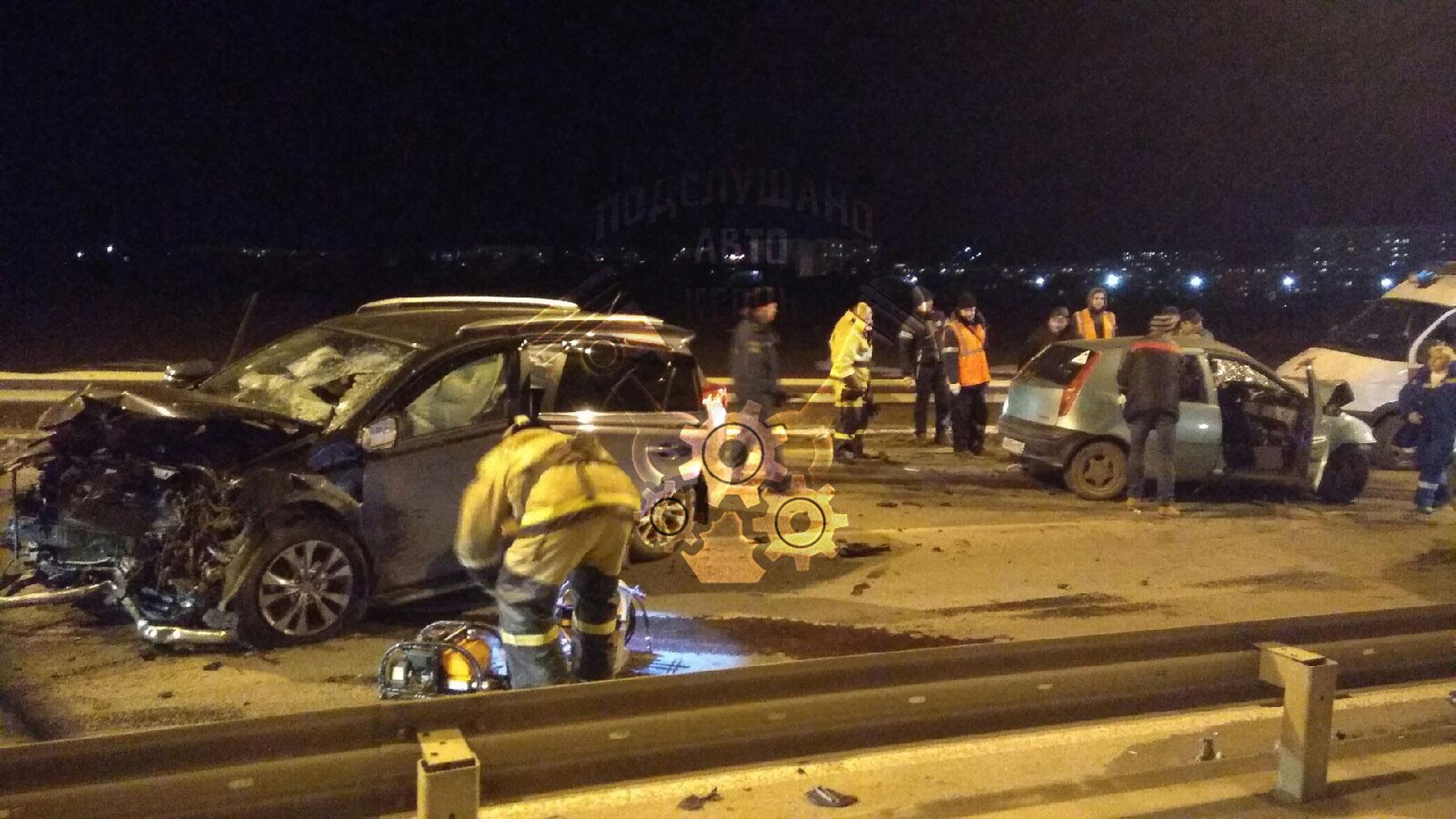 Виновник «лобового» ДТП в Керчи управлял авто без прав, четверо участников аварии в больнице