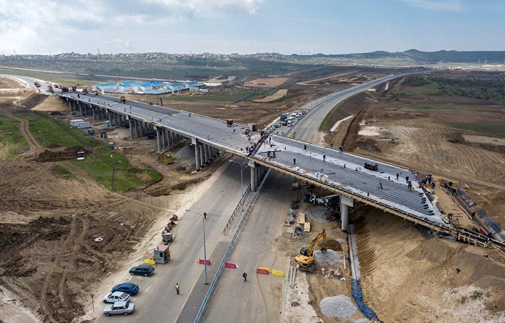 В Севастополе на участке «Тавриды» строят уникальный мост