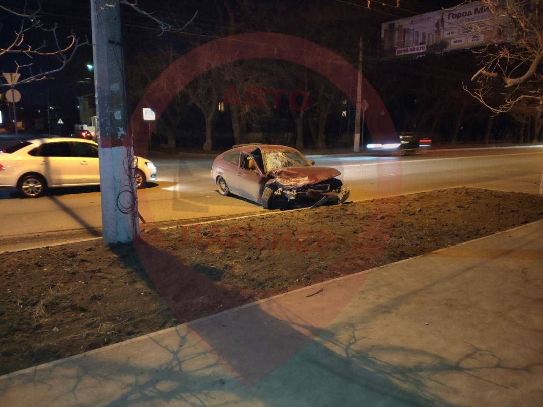 «Увидела его в последний момент»: в Симферополе столкнулись два авто