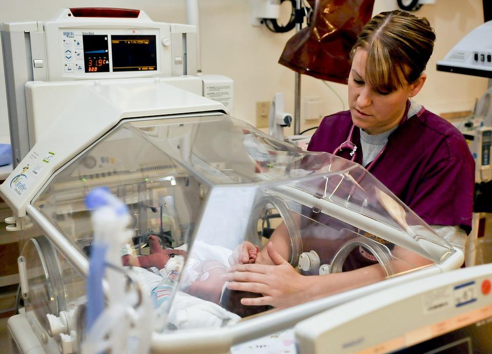 В Ялте медсестра покалечила малолетнего ребенка