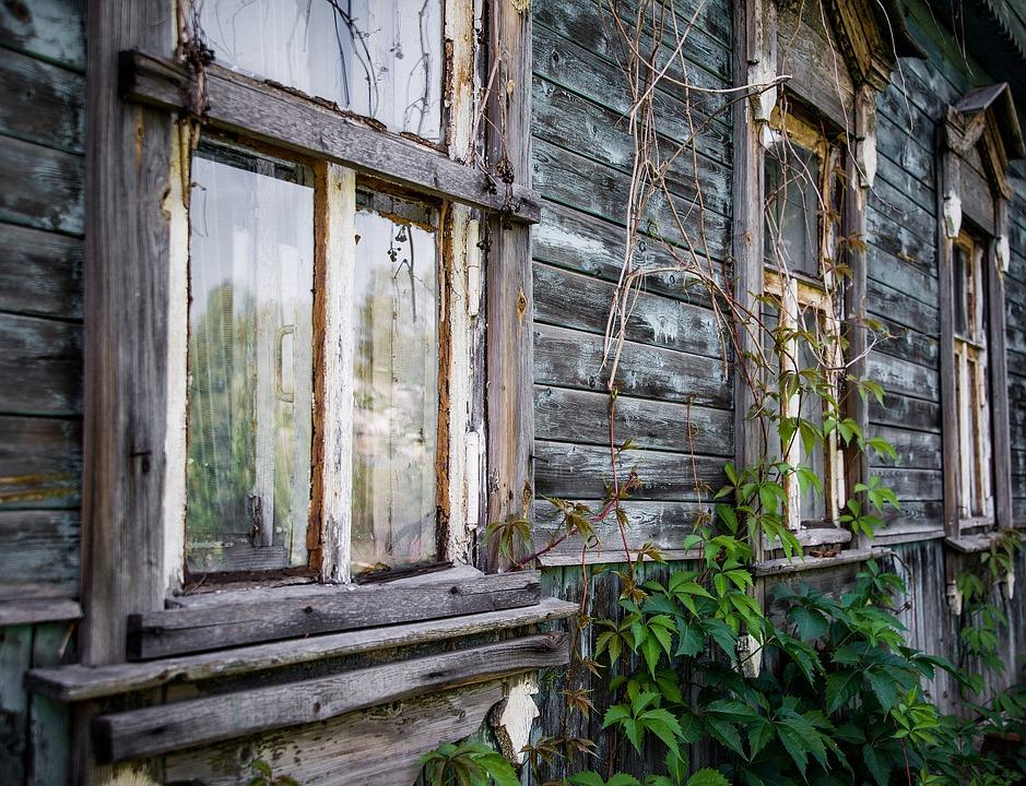 Севастопольские власти списали два сельских клуба