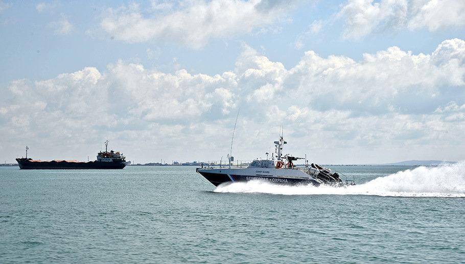 В районе Керченского пролива эвакуируют украинского моряка