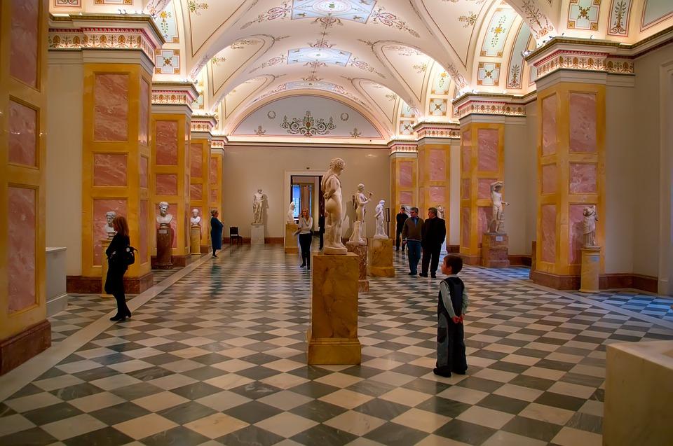 Эрмитаж и Третьяковская галерея станут кураторами нового выставочного зала в Севастополе