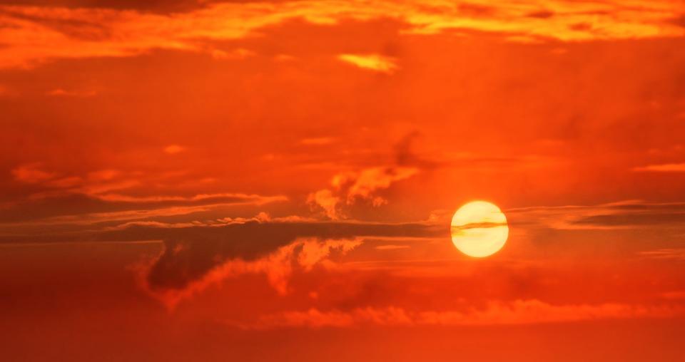Вспышки на Солнце бьют по севастопольцам сильнее, чем по другим россиянам