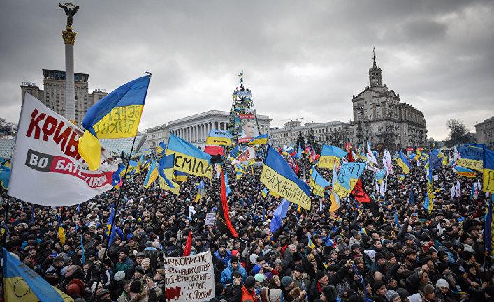 «Черная метка»: на Украине угрожают кандидатам, не включившим «возвращение Крыма» в предвыборные программы