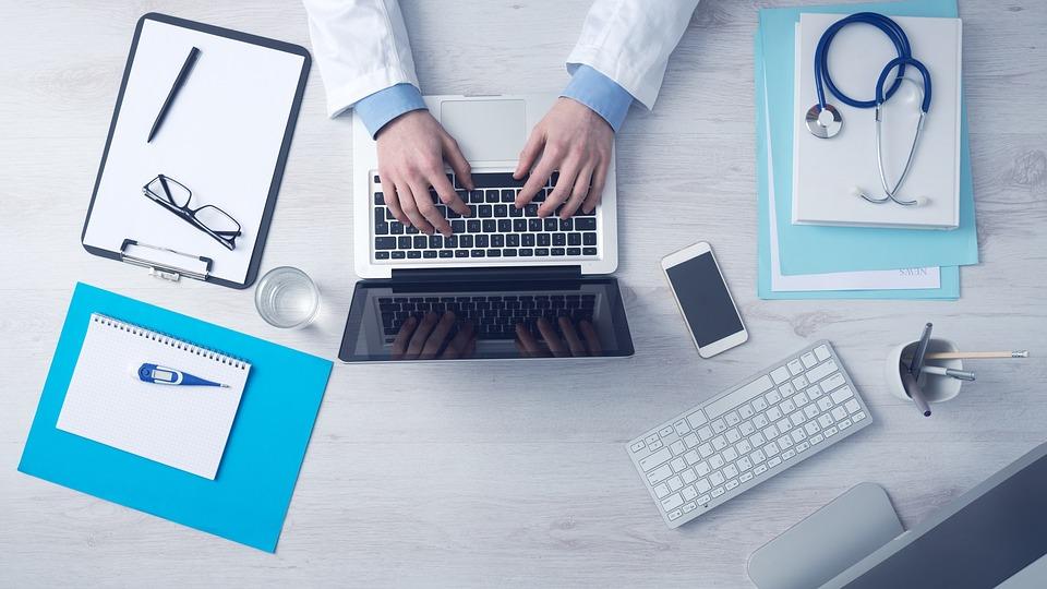 Названы все возможные способы записаться к врачу в Севастополе